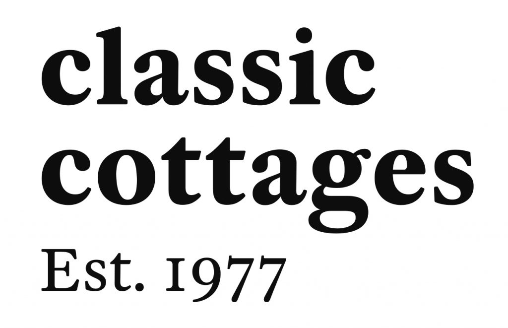 Logo for Classic Cottages, sponsors of Young People's Art Prize 2018